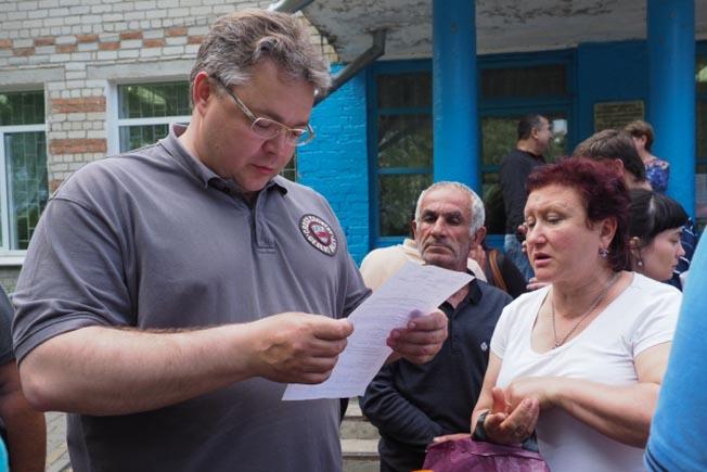 Руководитель Ставрополья Владимиров поручил ускорить процесс выплаты компенсаций подтопленцам