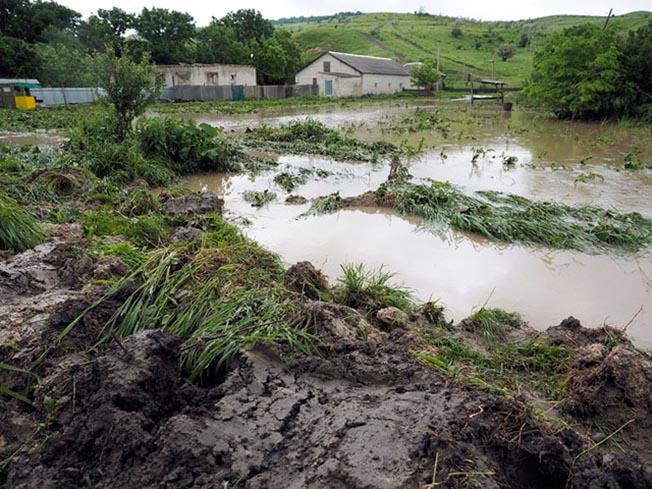Замглавы МЧС: Угрозы прорыва дамбы вСтавропольском крае нет
