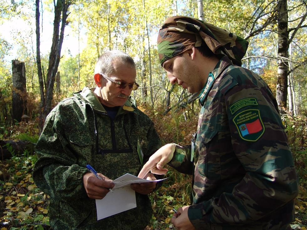фото в лесу студенты